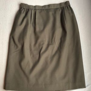 Dresses & Skirts - Vintage green pencil skirt